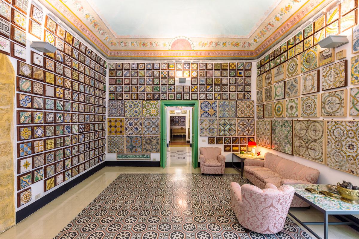 Delester design mosaico di piastrelle di cemento rose con dei